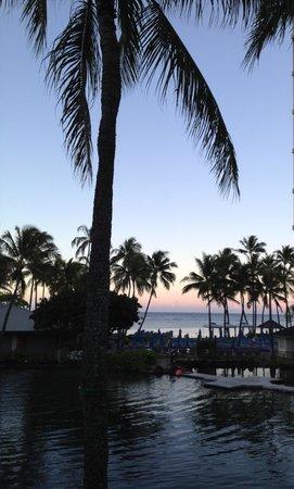 The Kahala Hotel & Resort: Sundown from our lanai