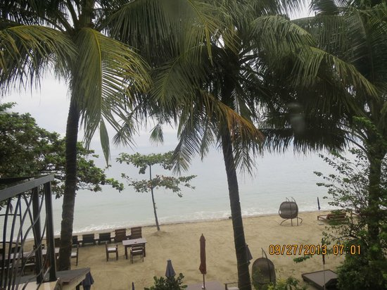 Sunset at Aninuan Beach Resort: Beachview from our room