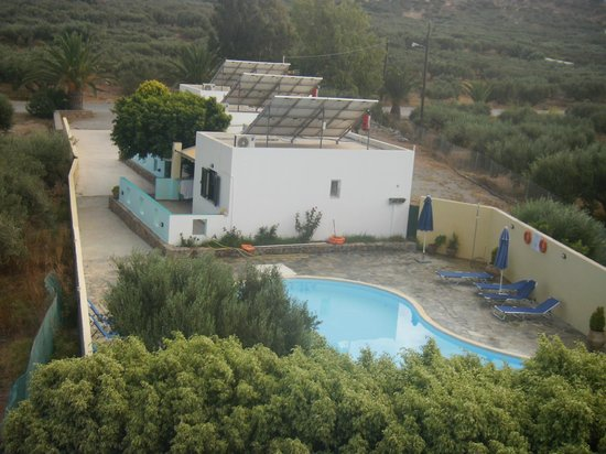 Rousolakos Apartments