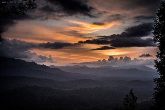 Nature Nirvana: Sunset View Point