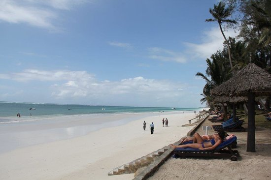 Diani Sea Resort: Beach