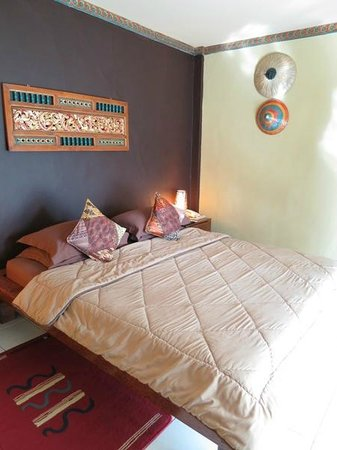 Tasik Ria Resort Manado : bed room