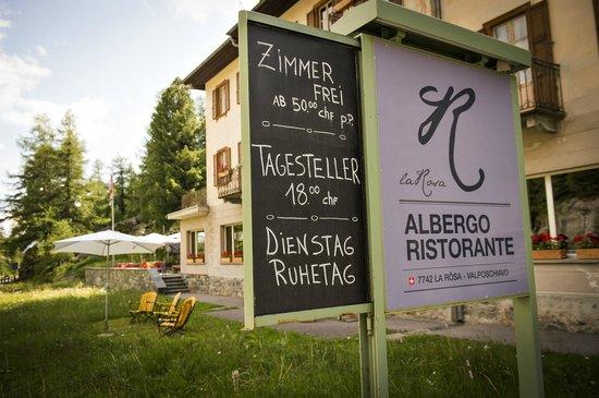 Albergo La Rösa Eingang