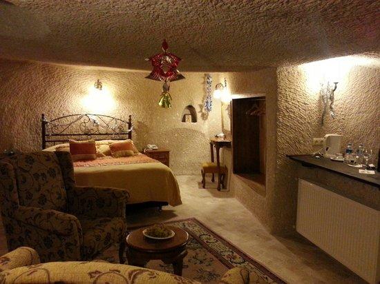 Babayan Evi Cave Boutique Hotel: Akik odasi