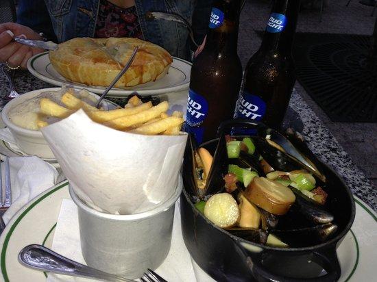 P.J. Clarke's on the Hudson : dinner