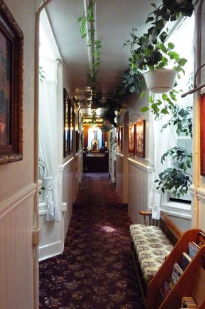 San Remo Hotel: couloir central