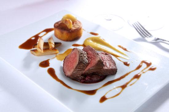 The Restaurant at Duisdale House Hotel: Venison