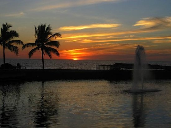 Grand Luxxe Nuevo Vallarta: The sunsets here are worth a visit.  Some of the best in the world