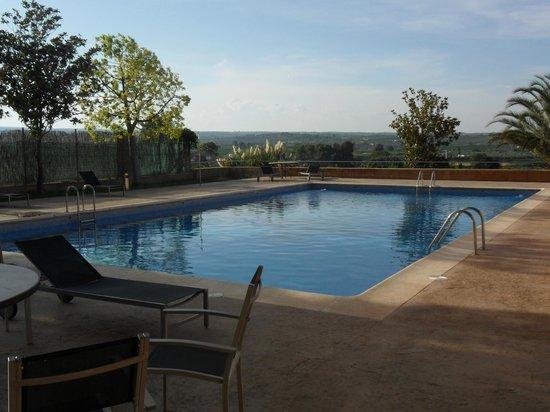 Hotel Portal del Caroig: Pool