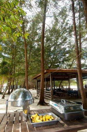 Mantanani Paradise: Dugong Beach