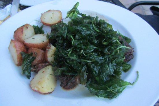 Rain Restaurant & Bar : deep fried spinach