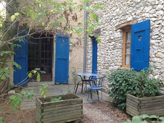 La Bastide Bleue: The tiny sit out outside our room
