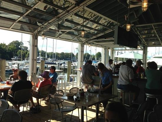 The Point Crab House & Grill: Open air seating!