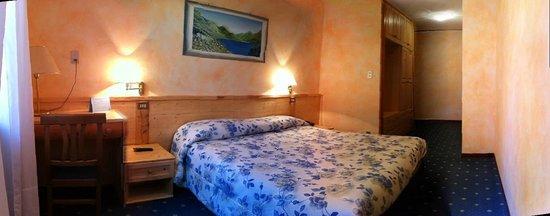 Grand Hotel Ala di Stura : Camera matrimoniale