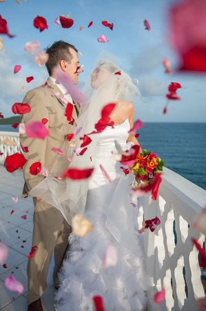 Curtain Bluff Resort: Perfect for Weddings