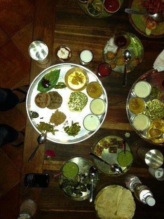 Agashiye: great gujratai food