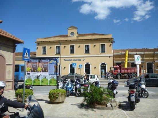 Fiesta Hotel Garden Beach: local village market day