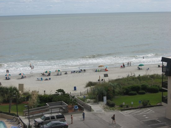 Carolina Winds: Beach view from our 7th floor balcony