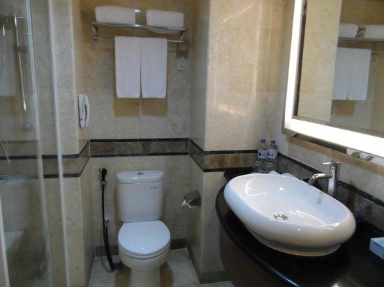 Novotel Solo: Belle salle de bain