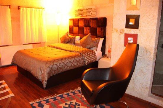 Cappadocia Castle Cave Hotel : la chambre