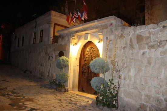 Cappadocia Castle Cave Hotel: l'entrée