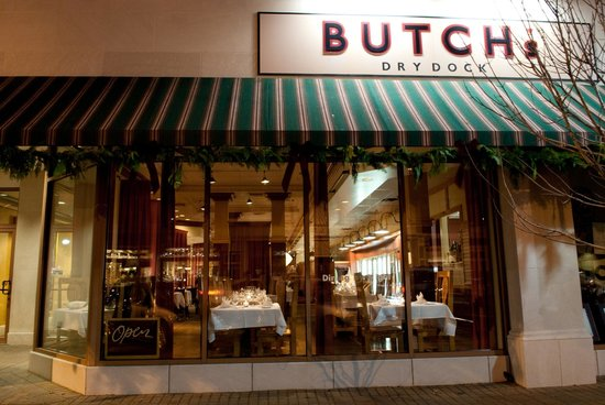 Butch's Dry Dock: Butch's Restaurant