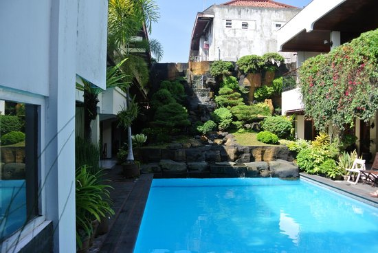 Duta Guest House : Zwembad