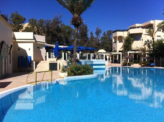 Hotel Bravo Hammamet: piscine