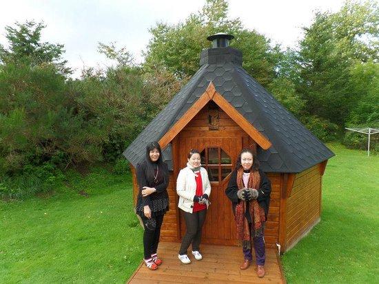 Corrie Liath B & B: barbecue hut