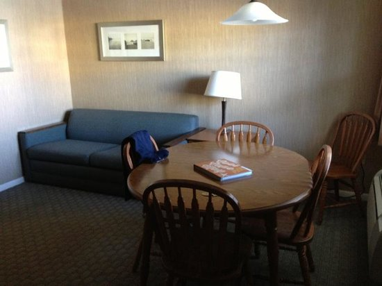 Victorian Motel: salón con sofa cama