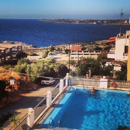 Esplanade Hotel Apartments: relax in piscina