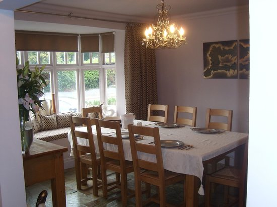 Pebble Cottage: Dining