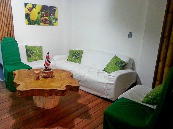 Cocoon Hotel: Reception