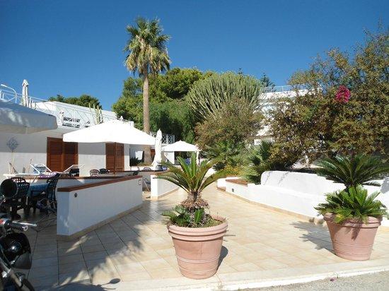 Vista cortile privato residence tamarea