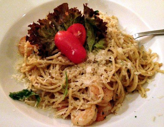 Mexita: Spaghetti aglio olio peperoncino with shrimps