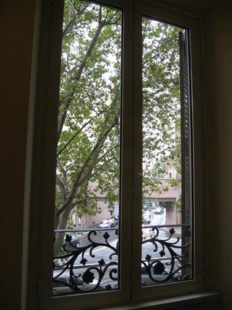 Hotel Versailles: window view