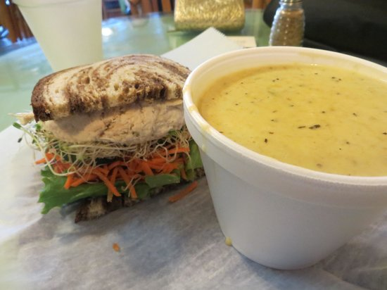 Nature's Way Cafe: My awesome soup and sandwich