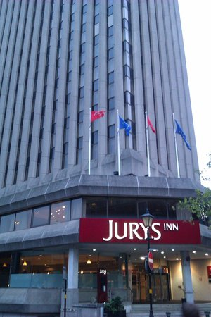 Jurys Inn Birmingham : Entrance