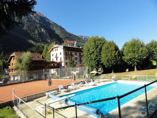 Photo of Hotel l'Aiguille Du Midi Chamonix