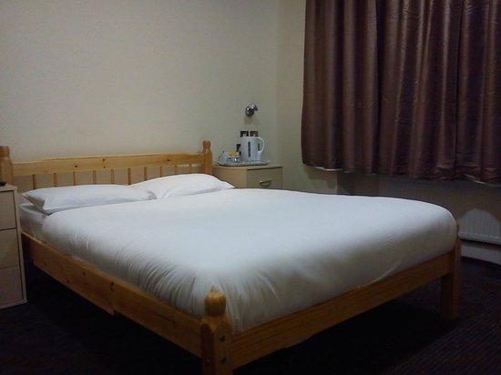Cromwell International Hotel : bedroom