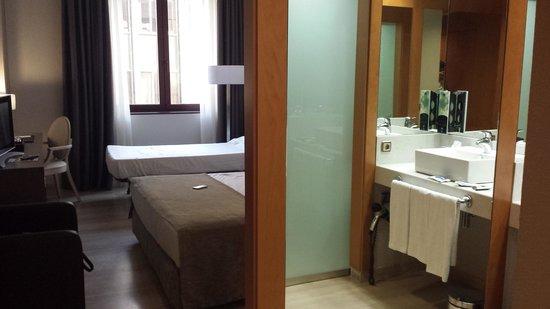 Hotel SB Ciutat de Tarragona: the bosses room lol