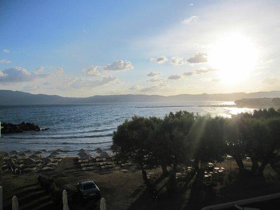 Molos Bay Hotel: вид с балкона