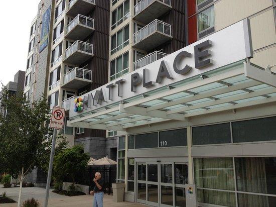 Hyatt Place Seattle/Downtown: Hyatt Place - entrance