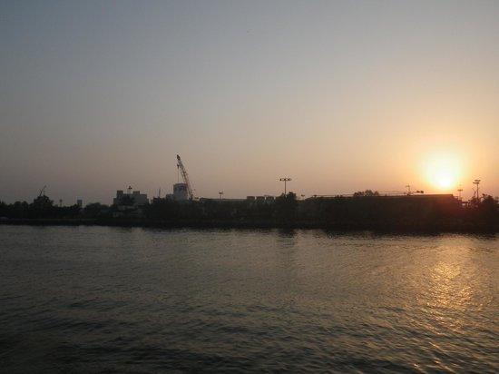 Radisson Blu Resort Sharjah: Sunset