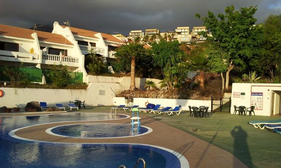 Costa Adeje Garden: pool and grounds
