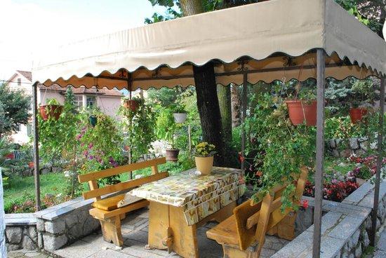 Apartments Marija Sucic: Outside