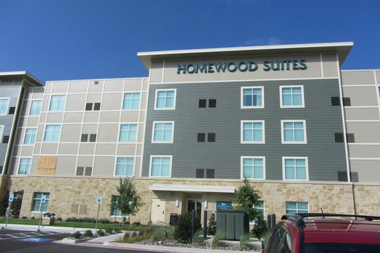 Homewood Suites by Hilton Fort Worth - Medical Center: view from parking lot