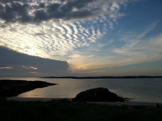 Clifden ecoBeach Camping & Caravanning Park : Sunset dramatic clouds