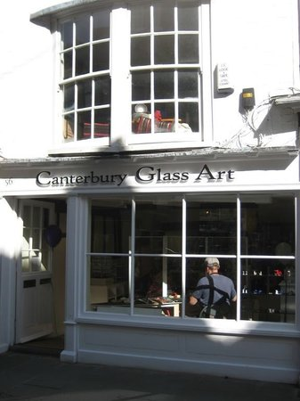 Canterbury Glass Art: The Glass gallery and workshop