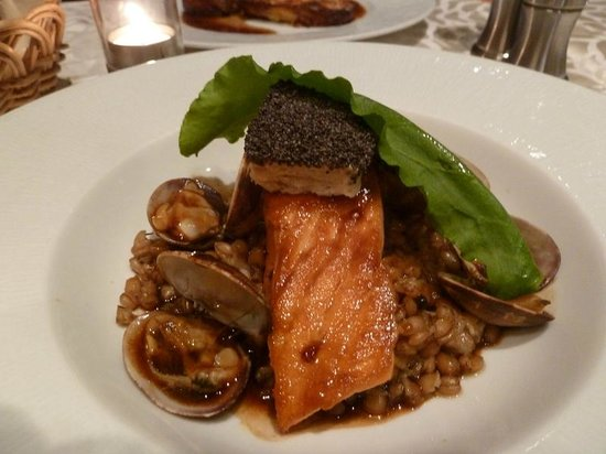 Le Tournesol : Salmon cooked to perfection